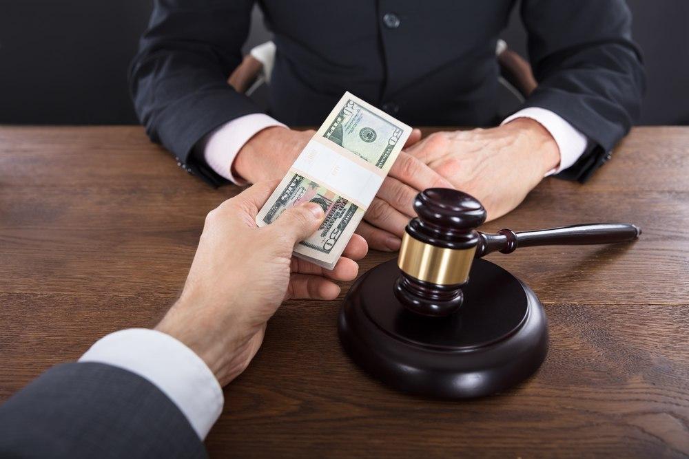 «Платные» услуги судов